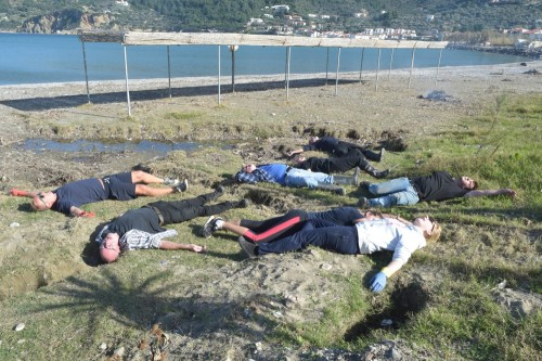 Acquired Outer Space etcetera Syndrome fells volunteers on Ammos beach