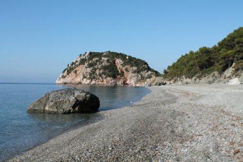 velanio-beach